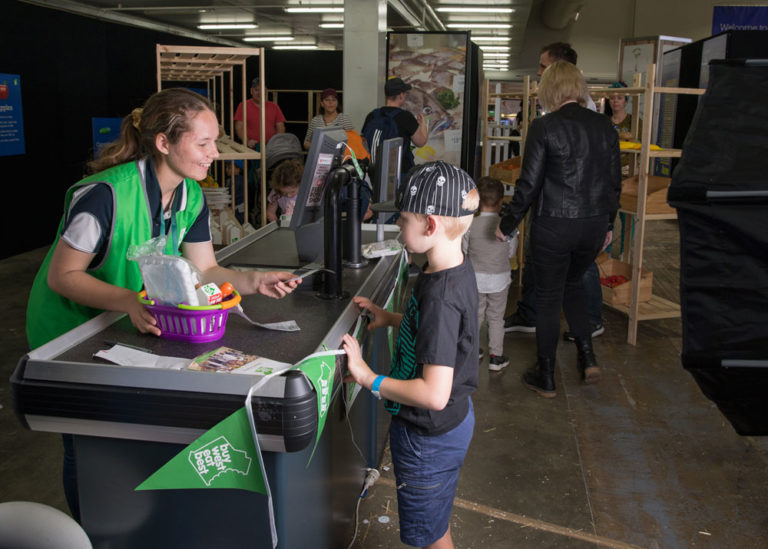 Perth Royal Show Farm 2 Food Volunteer